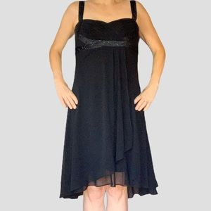 Jones Wear sparkly knee length black dress